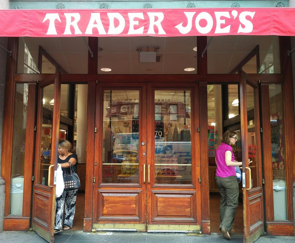 Trader Joes Workers Are Happier Than Whole Foods Workerss